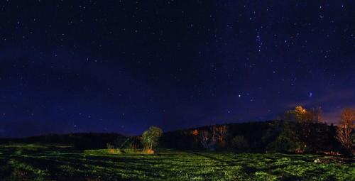 http://en.wikipedia.org/wiki/File:1_vermont_night_stargazing_panorama_2009.jpg