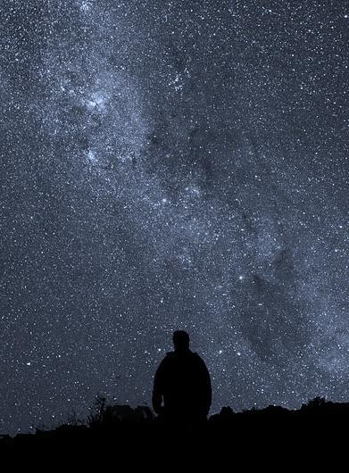 https://en.wikipedia.org/wiki/File:Starry_Night_at_La_Silla.jpg